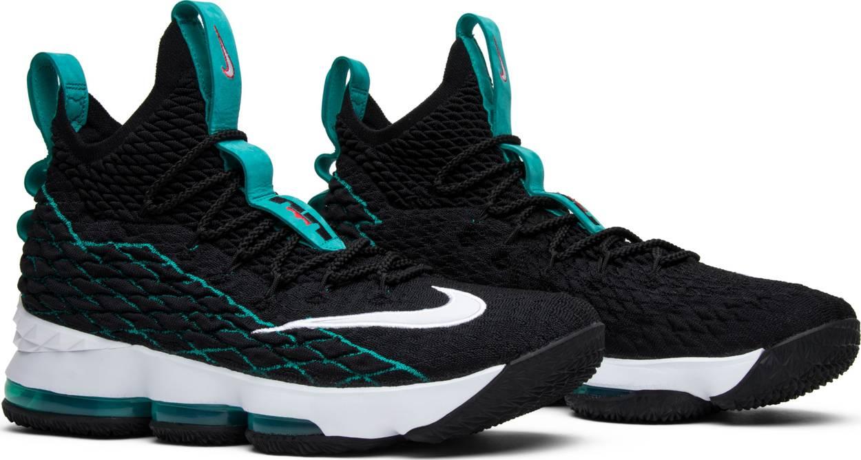 LeBron 15 'Griffey' PE Sneakers