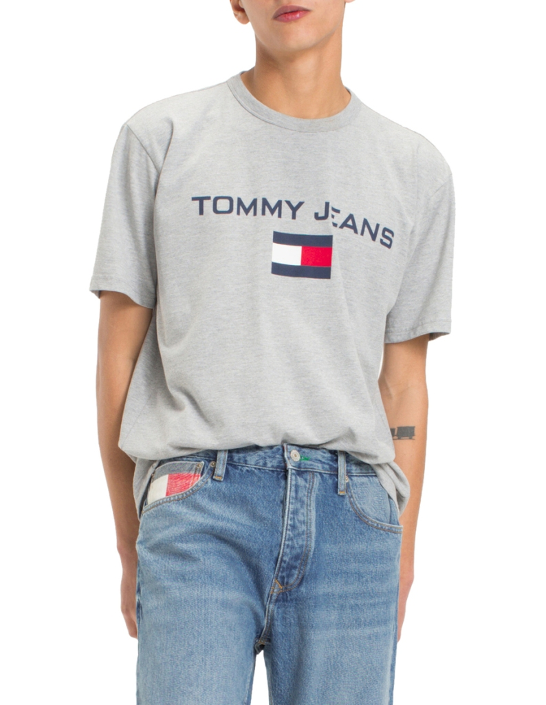 498049d1b Tommy Jeans 90s collection is now available - ICON