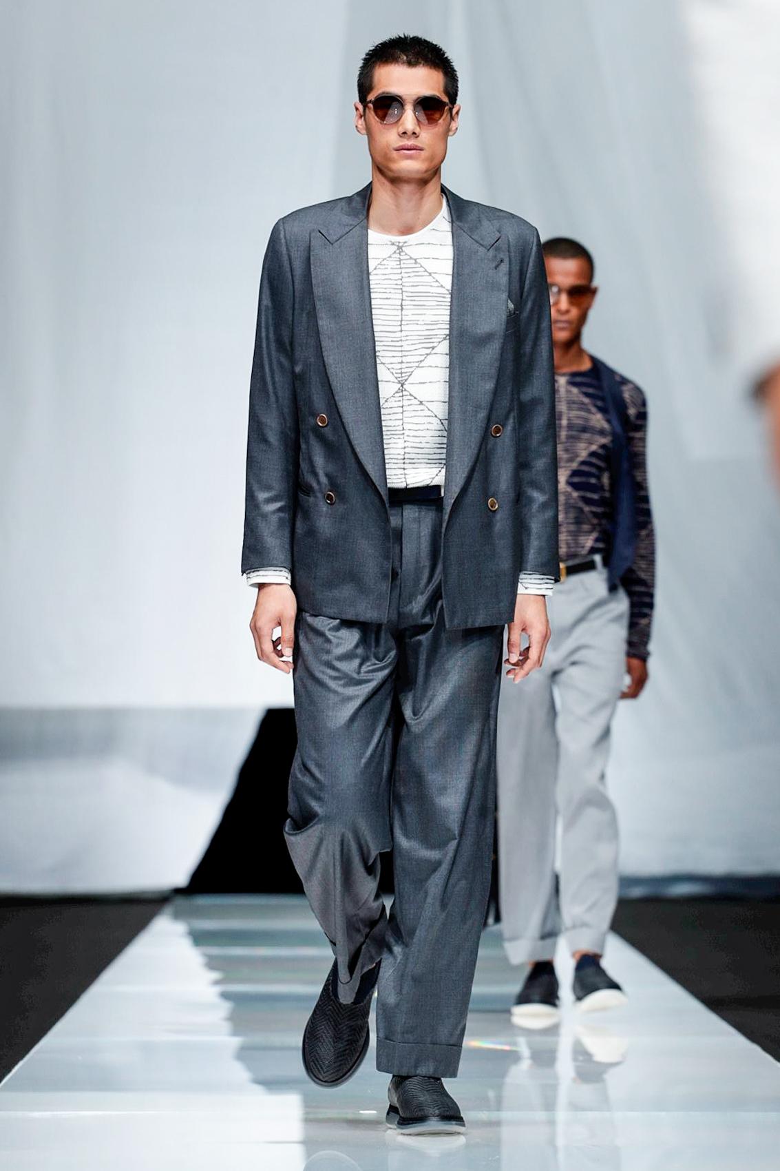 Giorgio Armani Fashion Show, Menswear Collection, Spring ...