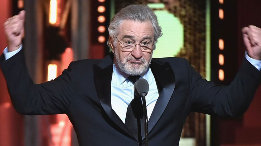 "Robert De Niro just called Donald Trump ""medically crazy"""