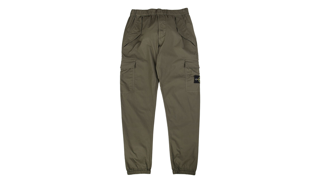 Gently used men's Old Navy cargo pants, green, size 32x34, no stains or tears Thanks for looking, check out my other items. Can combine shipping.