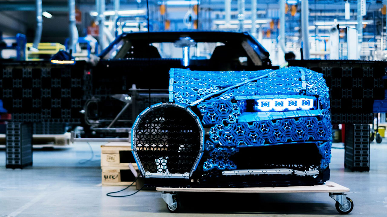 lego creates replica of bugatti chiron with 1 million. Black Bedroom Furniture Sets. Home Design Ideas
