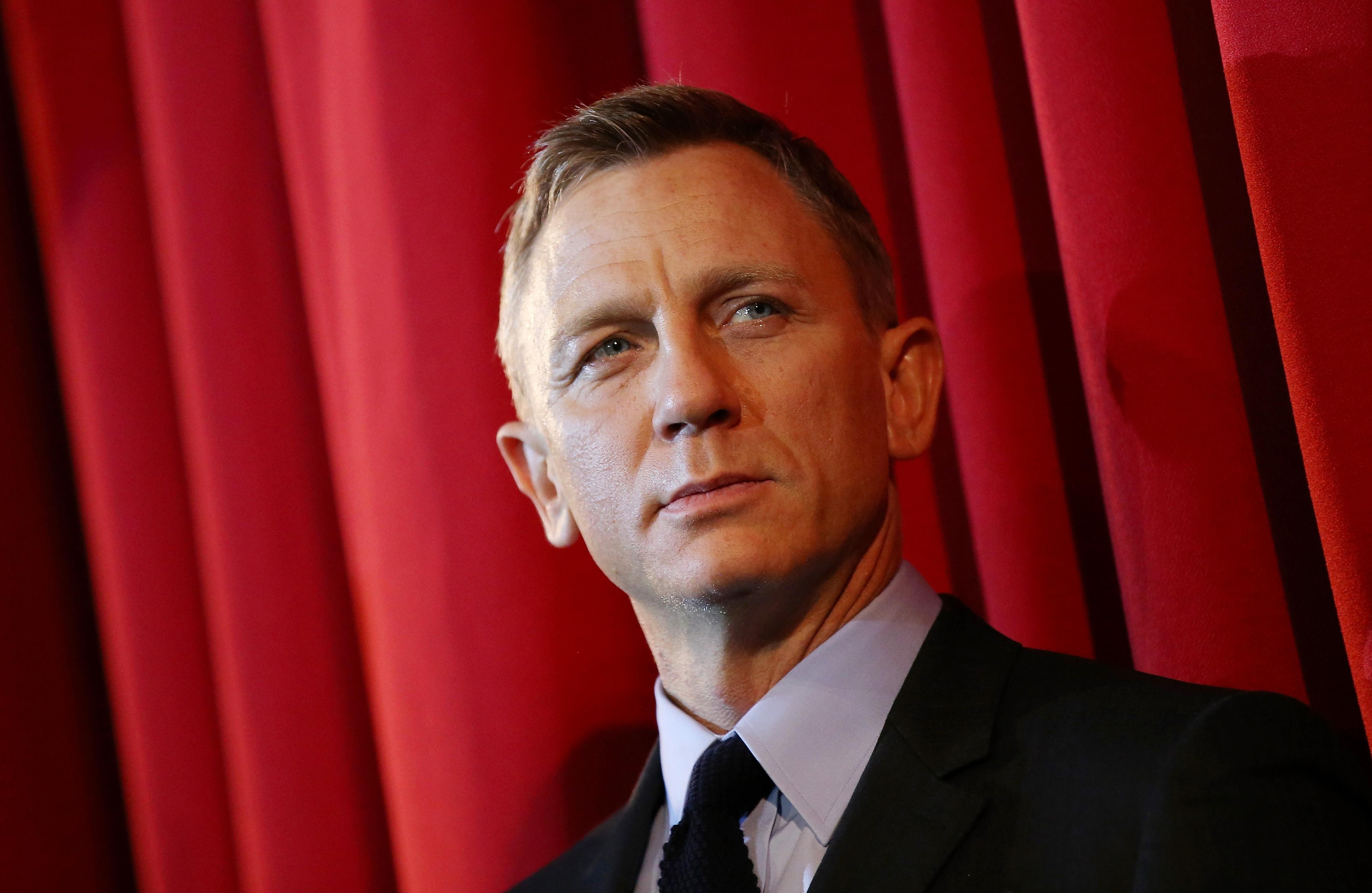 Daniel Craig suffers injury on the 'James Bond' set