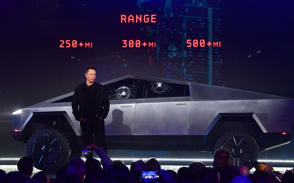 There's an explanation to Elon Musk's awkward moment as the Tesla Cybertruck window smashed